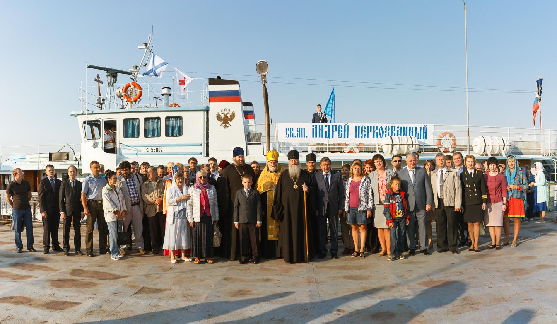 Корабль-церковь «Андрей Первозванный» отправился вюбилейный рейд