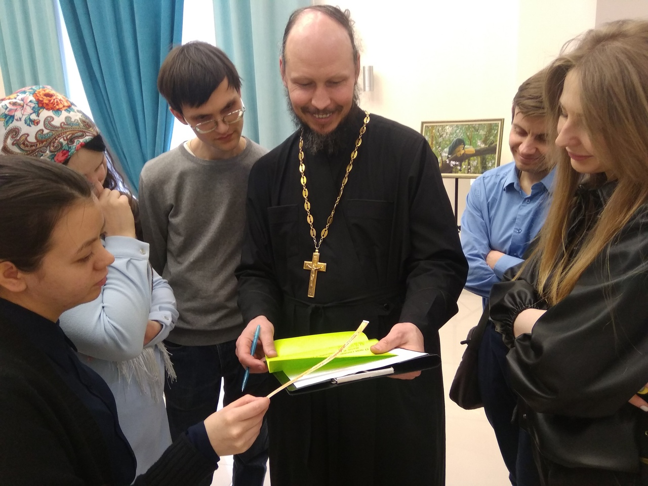 Православная молодежь проверила свои знания о «Домострое»