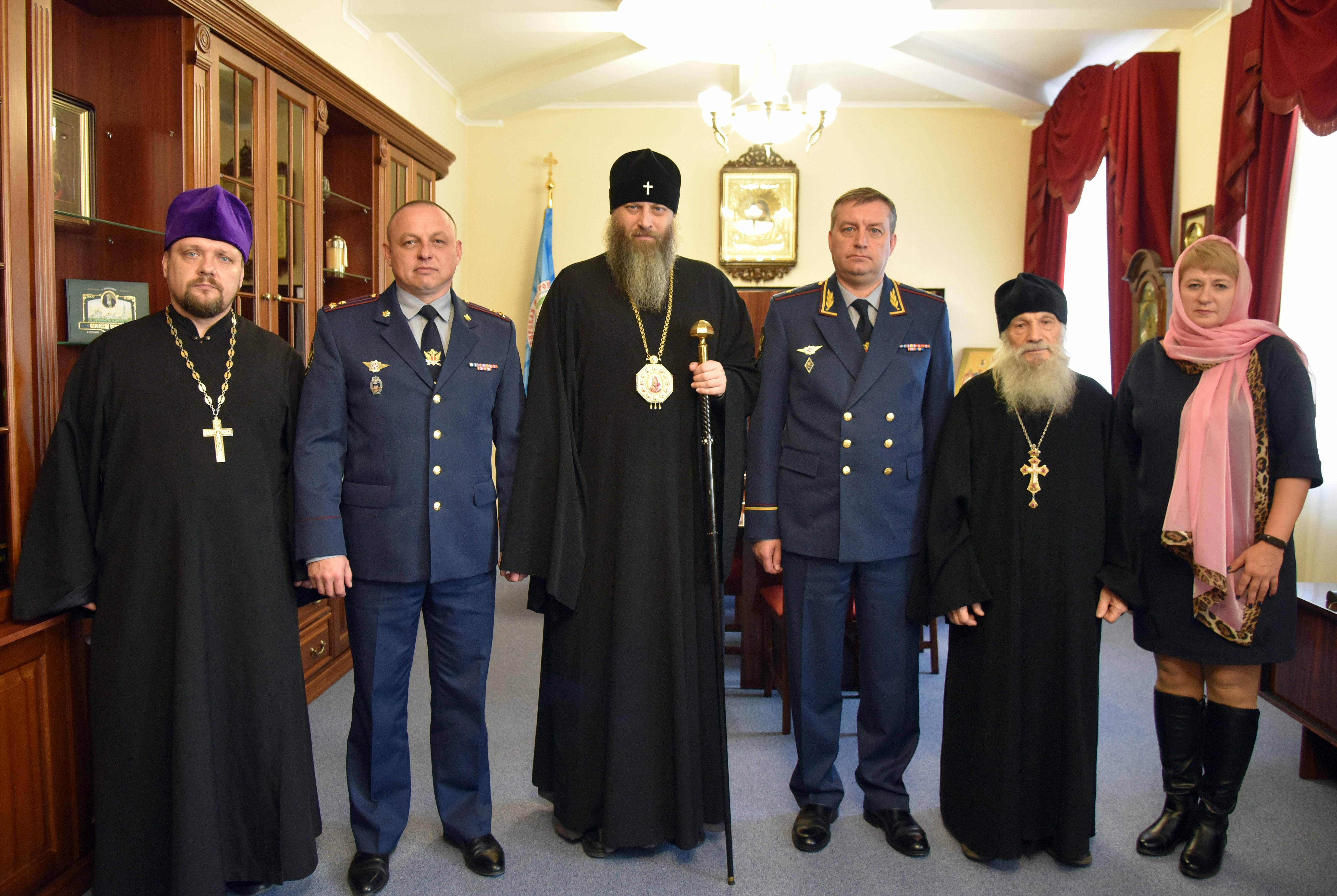 Митрополит Никодим встретился с начальником ГУФСИН России по Новосибирской области