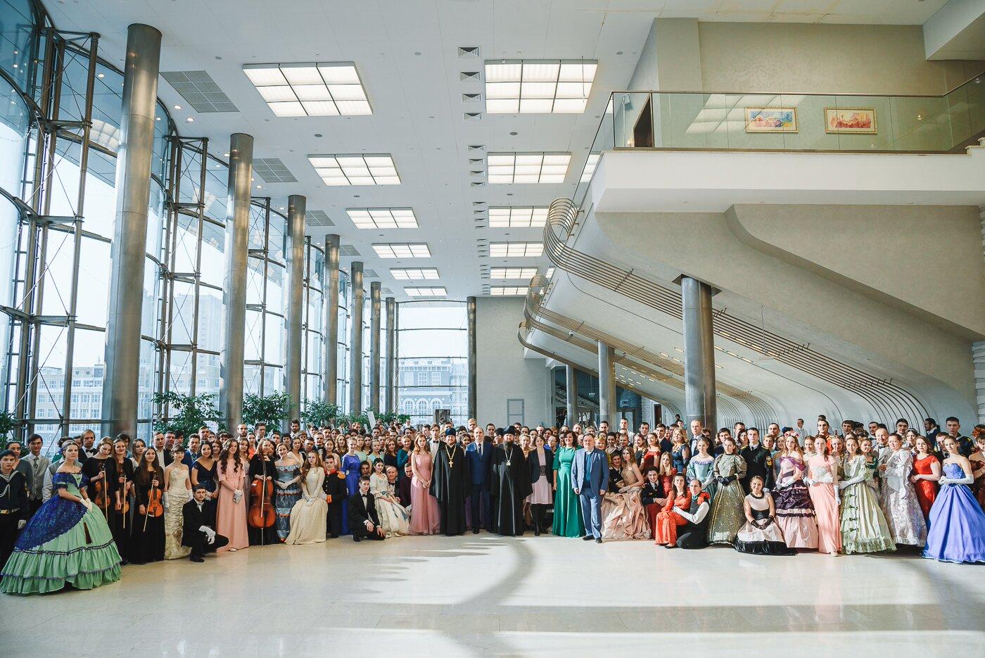 Сретенский бал в Новосибирске собрал 400 участников