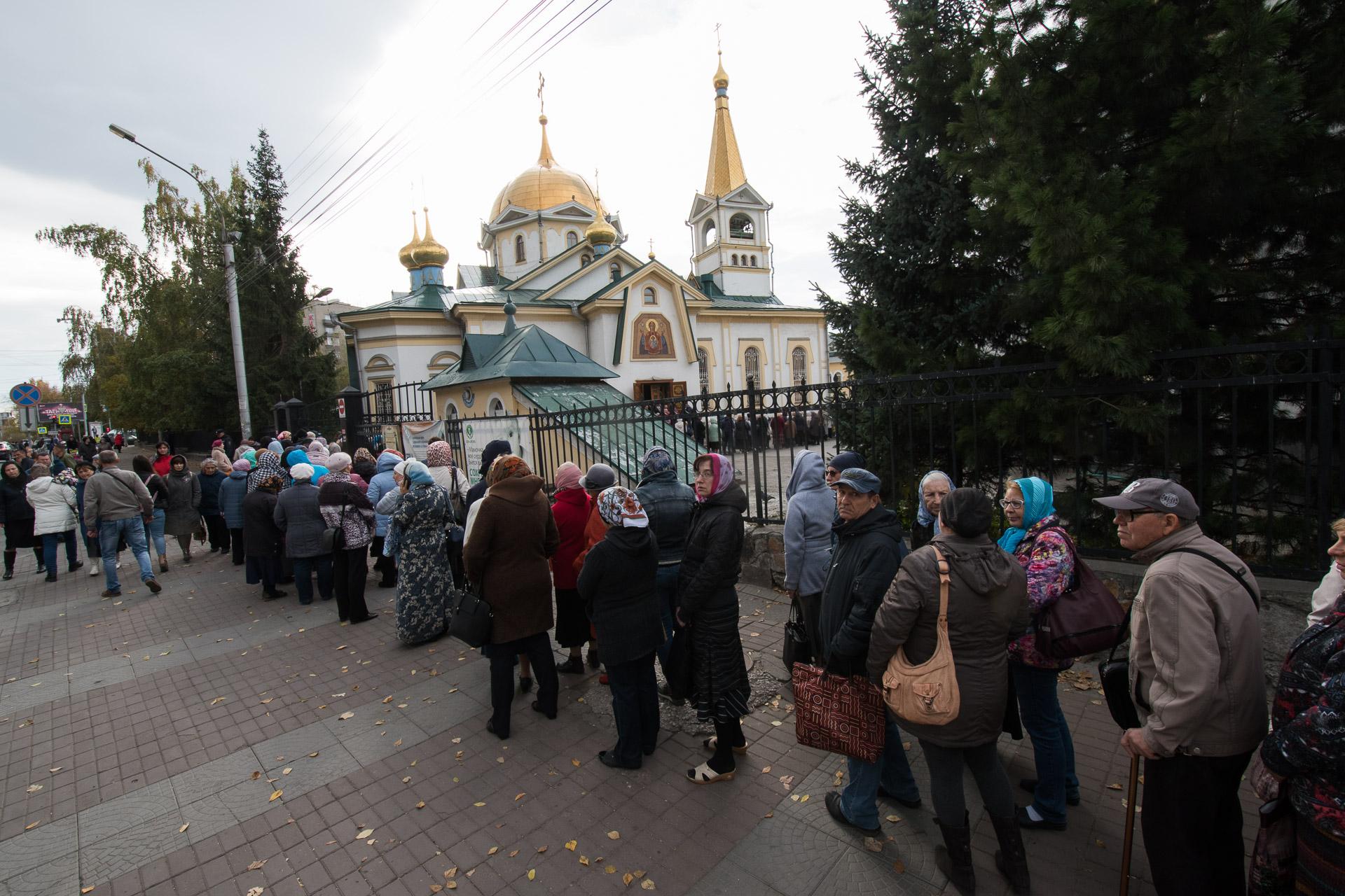 Более 38 тысяч человек приложились к мощам святителя Луки Симферопольского и Крымского