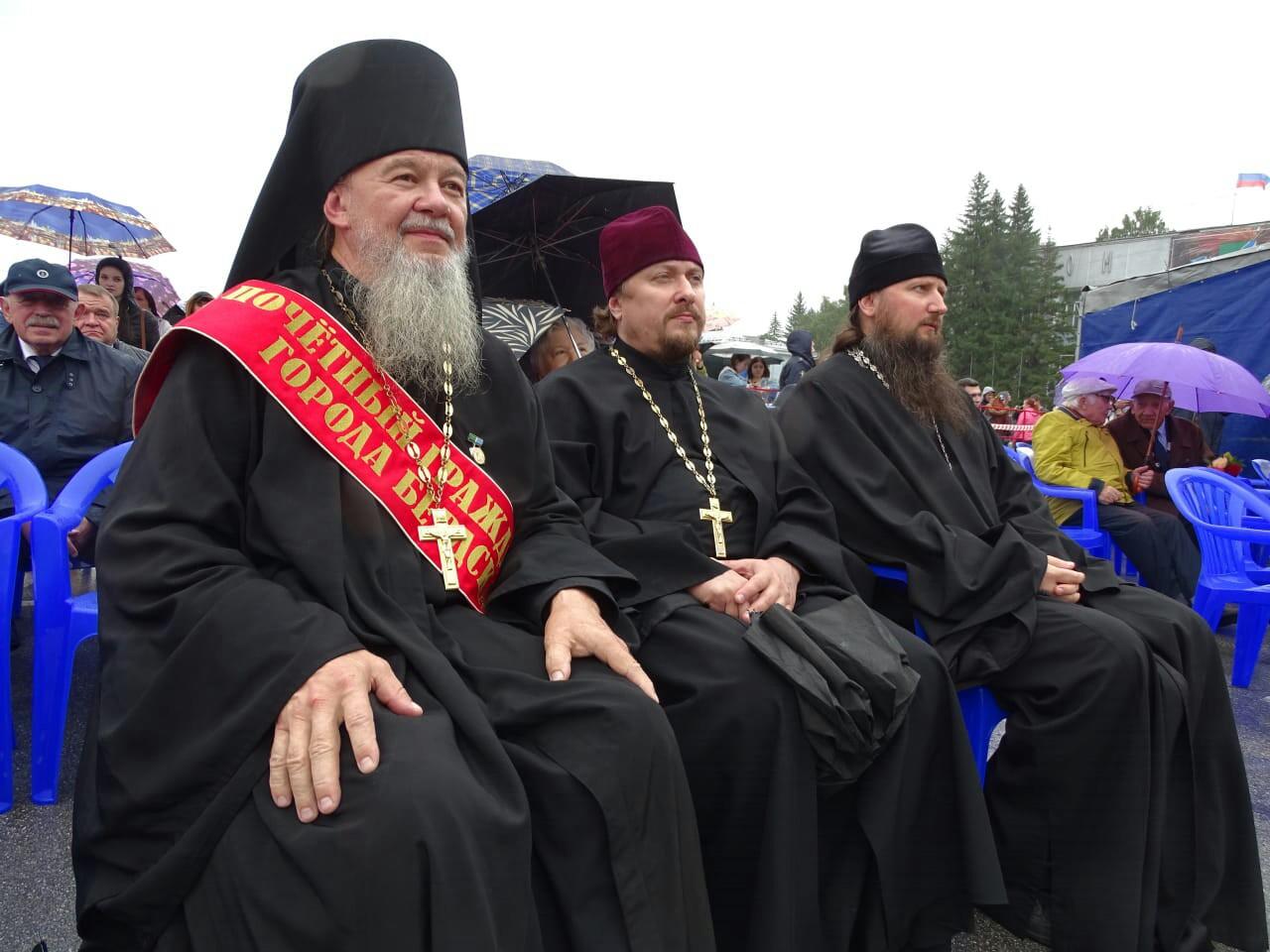 Клирик Новосибирской Епархии получил звание почетного гражданина Бердска