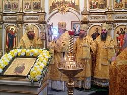 Митрополит Тихон возглавил торжества в честь престольного праздника кафедрального собора Карасукской епархии